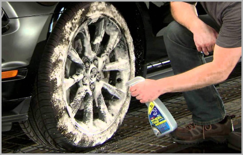 Wash tire with cleaners